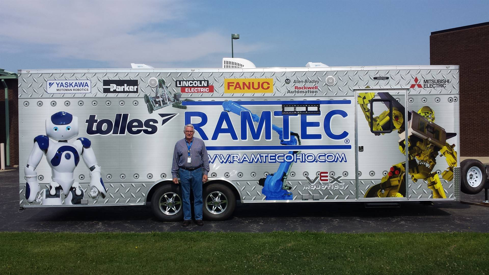 RAMTEC Coordinator Milt Kniss with the new RAMTEC Mobile Lab